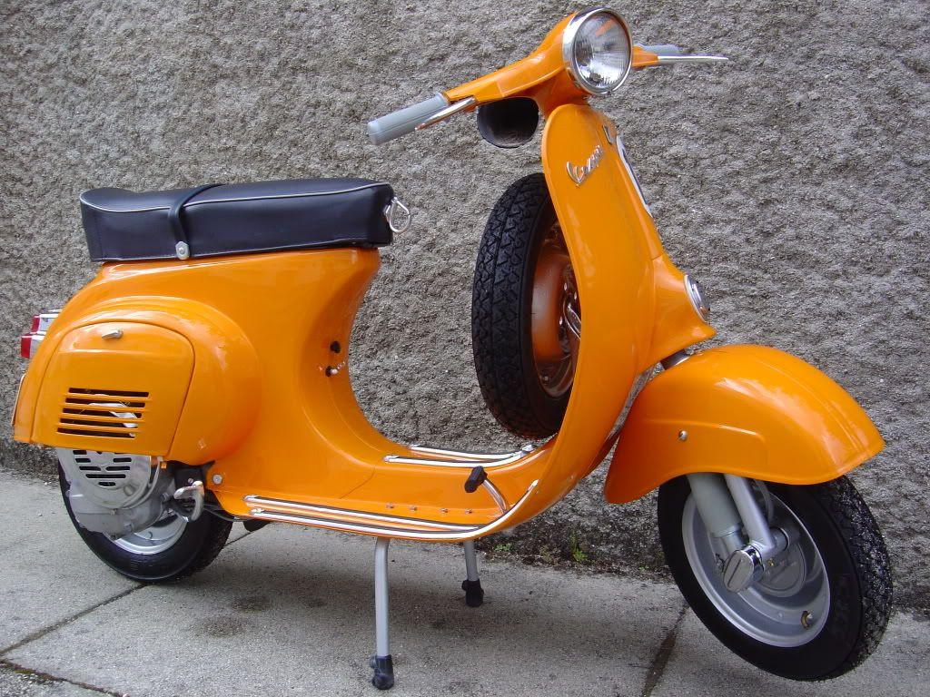 Vespa 50s Motos Pinterest 50 E Scooters Primavera 150 I Get Abs Blu Midnight Jakarta Lambretta Scooter Vintage Cars