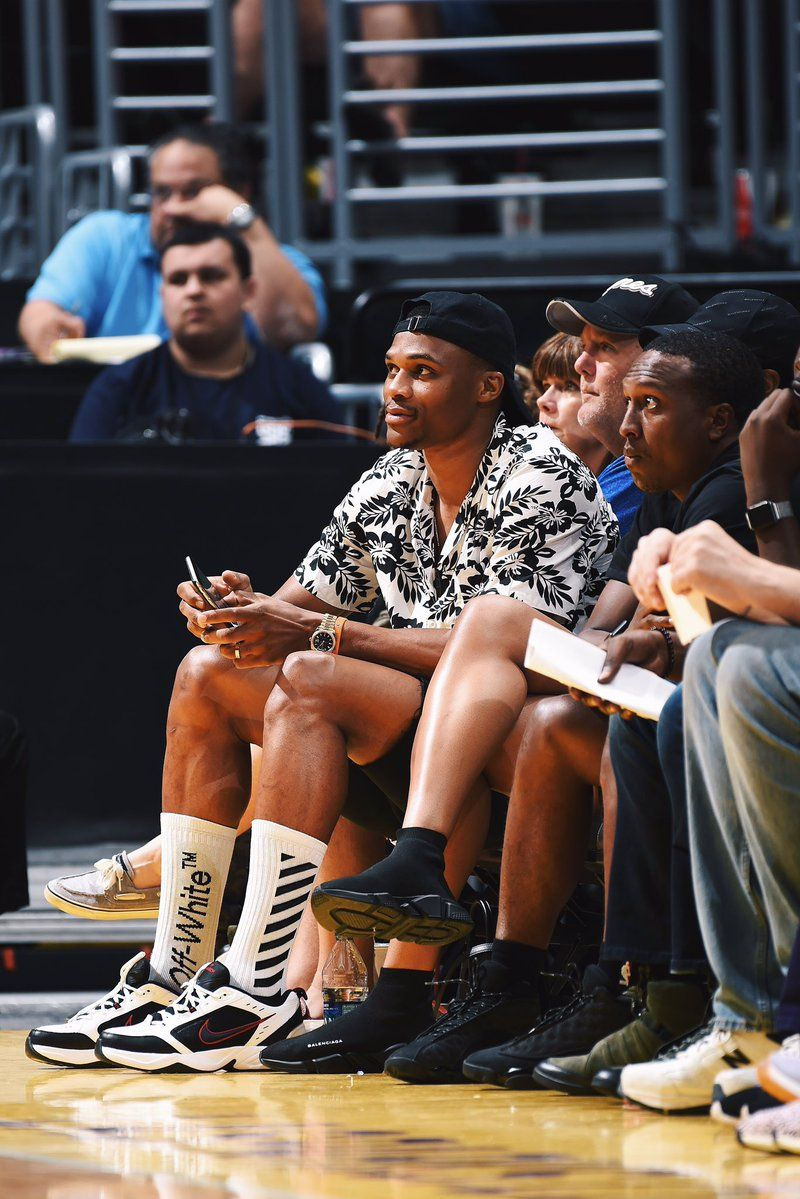 Russell Westbrook taking in some @WNBA action in the Nike Air Monarch.