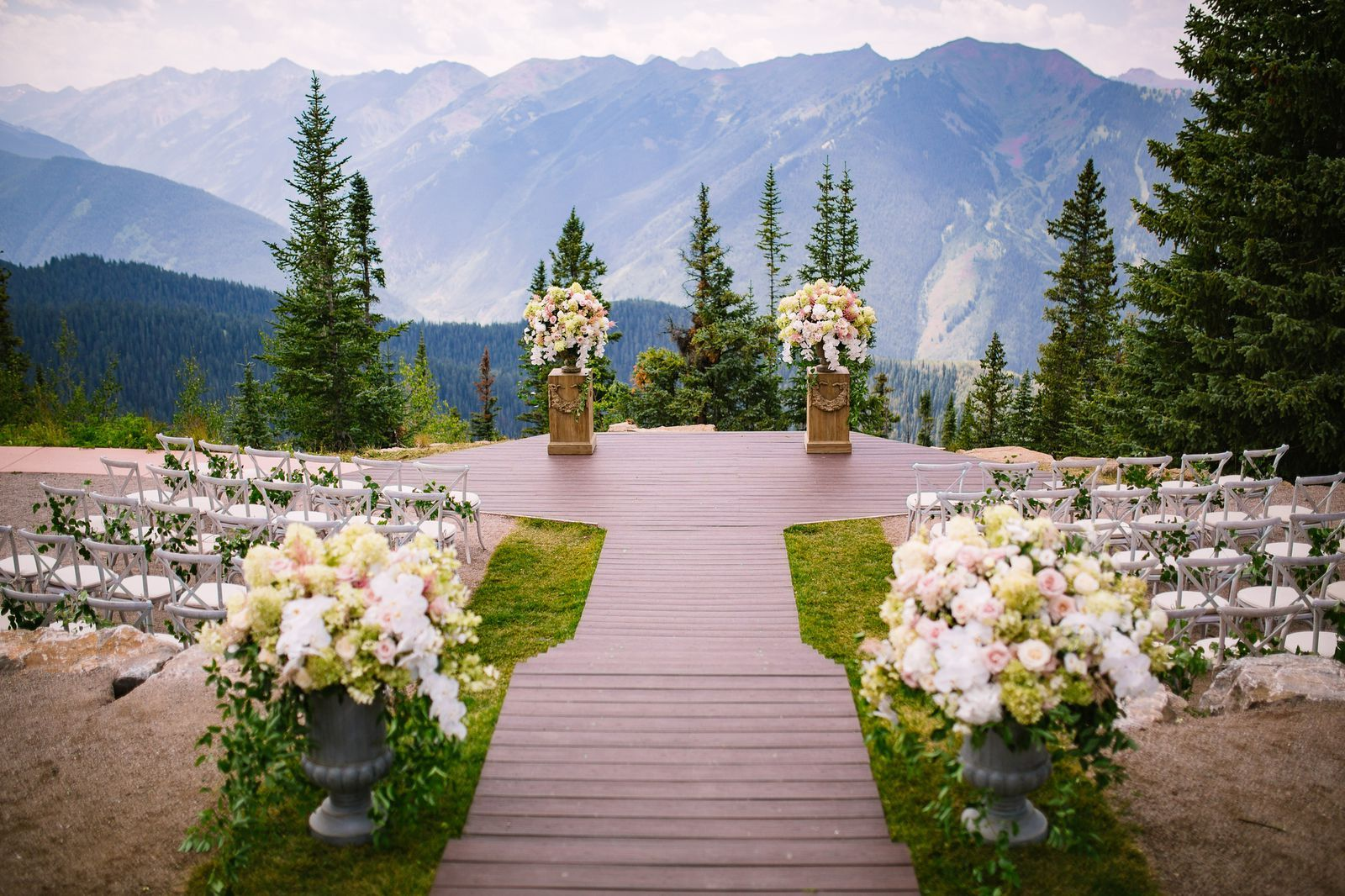 These Wedding Venues Are Proof That Fall is the Best
