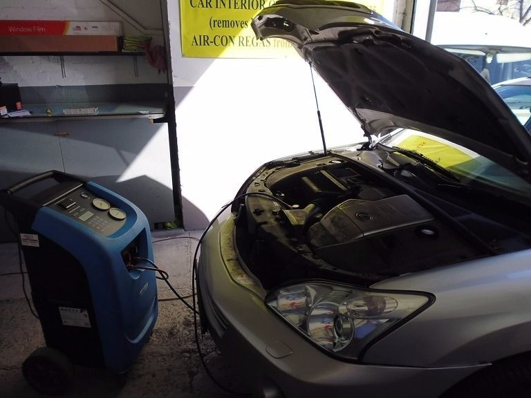 Looking For Car Air Conditioning Recharge Service In Brighton We