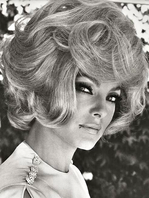 Wigs Were Popular In The 60s Vintage The 60s Fashion Icons