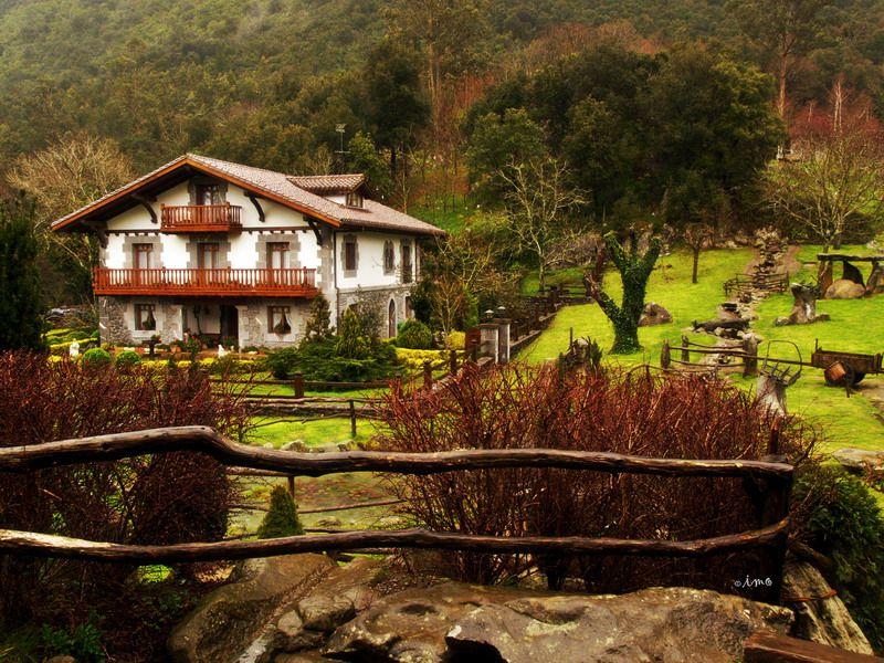 Euskal baserria basque house pinterest pa s vasco - Caserios pais vasco ...