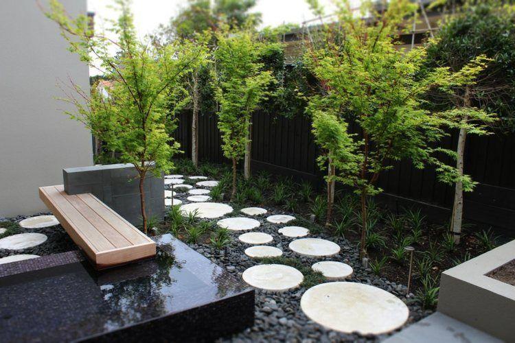 d coration jardin avec gramin es d ornement arbres et pierres decoration jardin pas japonais. Black Bedroom Furniture Sets. Home Design Ideas