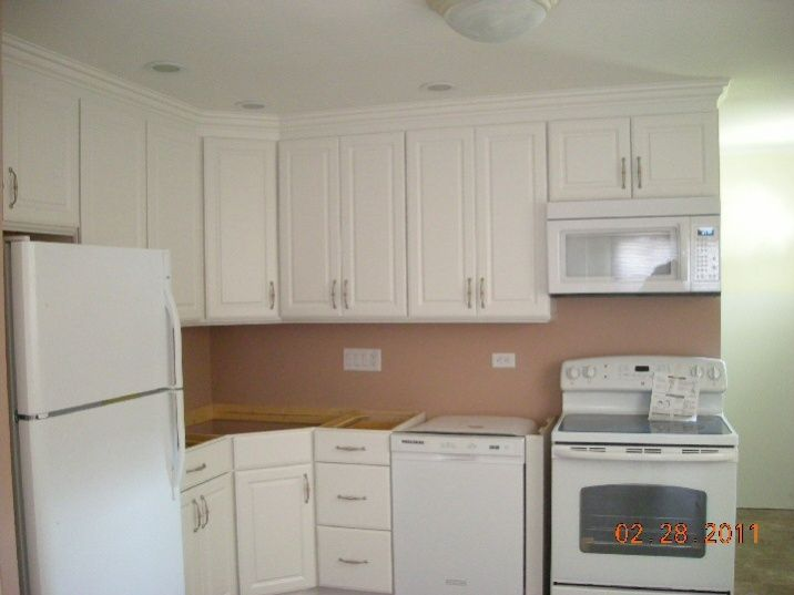 Diy Kitchen Cabinet Install W Crown Moulding Is My Crown