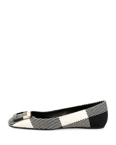 X2U5P Roger Vivier Ballerine U-Look Colorblock Wool Flat, Black/White