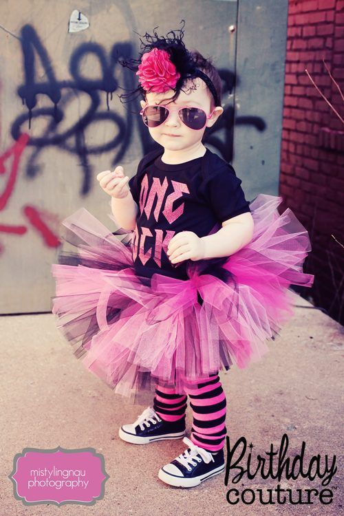 birthdays rock tutu set tutu and onesie maddie 39 s 1st birthday pinterest. Black Bedroom Furniture Sets. Home Design Ideas