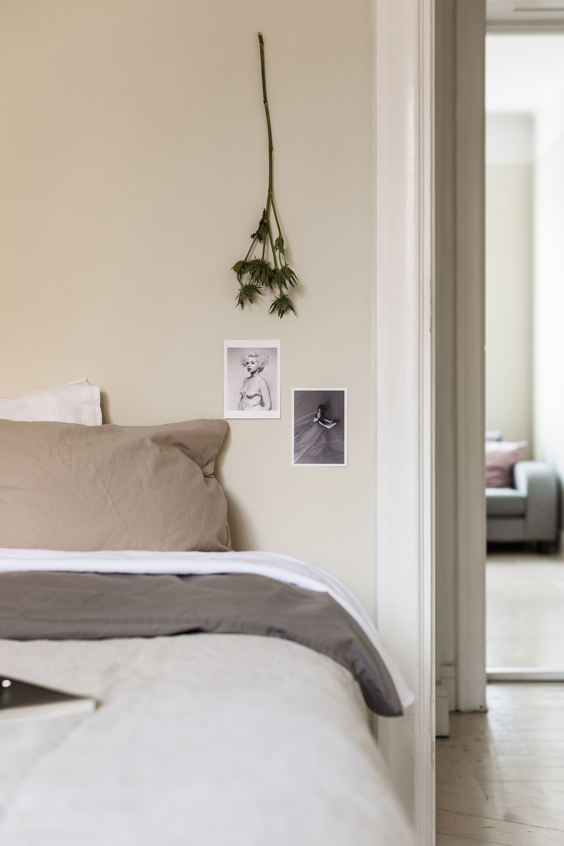 Keep Dreaming | Fantastic Frank | Warm Minimalism ... on Neutral Minimalist Bedroom Ideas  id=83536