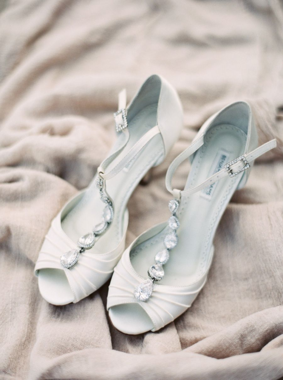 455e89dee4d4 Chic white jeweled wedding shoes  Photography  Orange Photographie -  http   orangephotographie