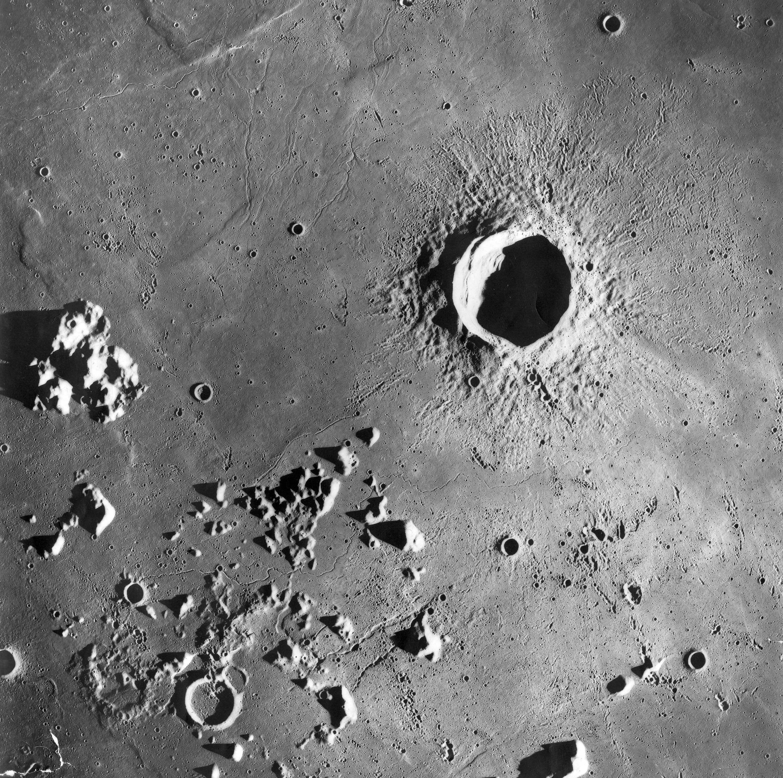 фотографии кратеров луны всегда много гостей