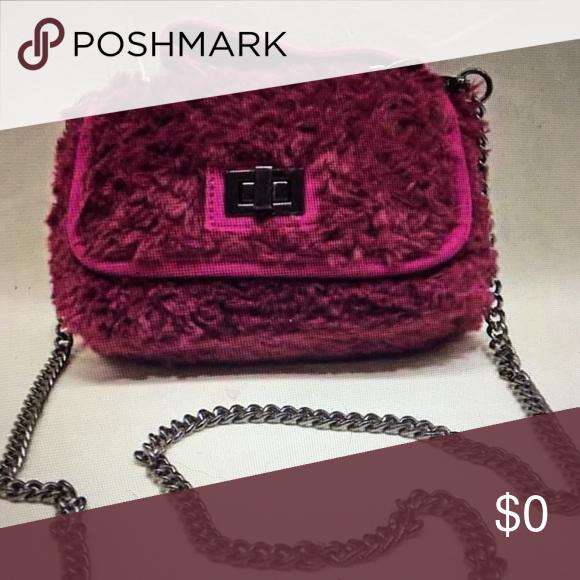 🌺STEVE MADDEN BAMELIE MAGENTA FAUX FUR BAG NWT 🌺Steve Madden Bamelie Magenta  pink faux 3b47c797e9c29