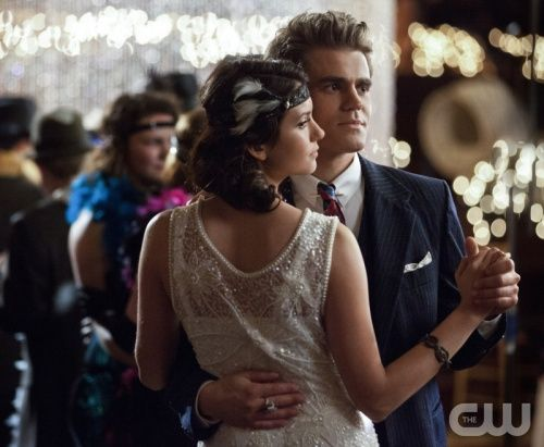 """""""Do Not Go Gentle""""-- Pictured (L-R): Nina Dobrev as Elena and Paul Wesley as Stefan in THE VAMPIRE DIARIES on The CW. Photo: Bob Mahoney/The CW ©2012 The CW Network. All Rights Reserved."""