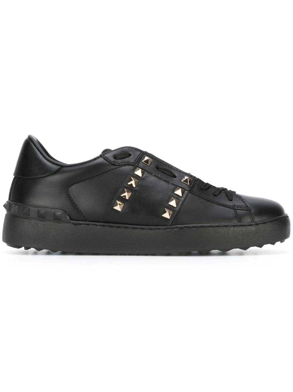 Chaussures De Sport Noir Avec Clous Valentino Hz67fqY3x5