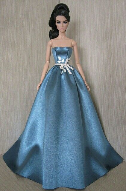 Simple But Elegant Gown Chic Dolls In 2018 Pinterest Fashion