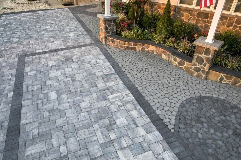 Create Your Own Twist With Cambridge Pavingstones And Armor Tec Installation Gmx Landscape