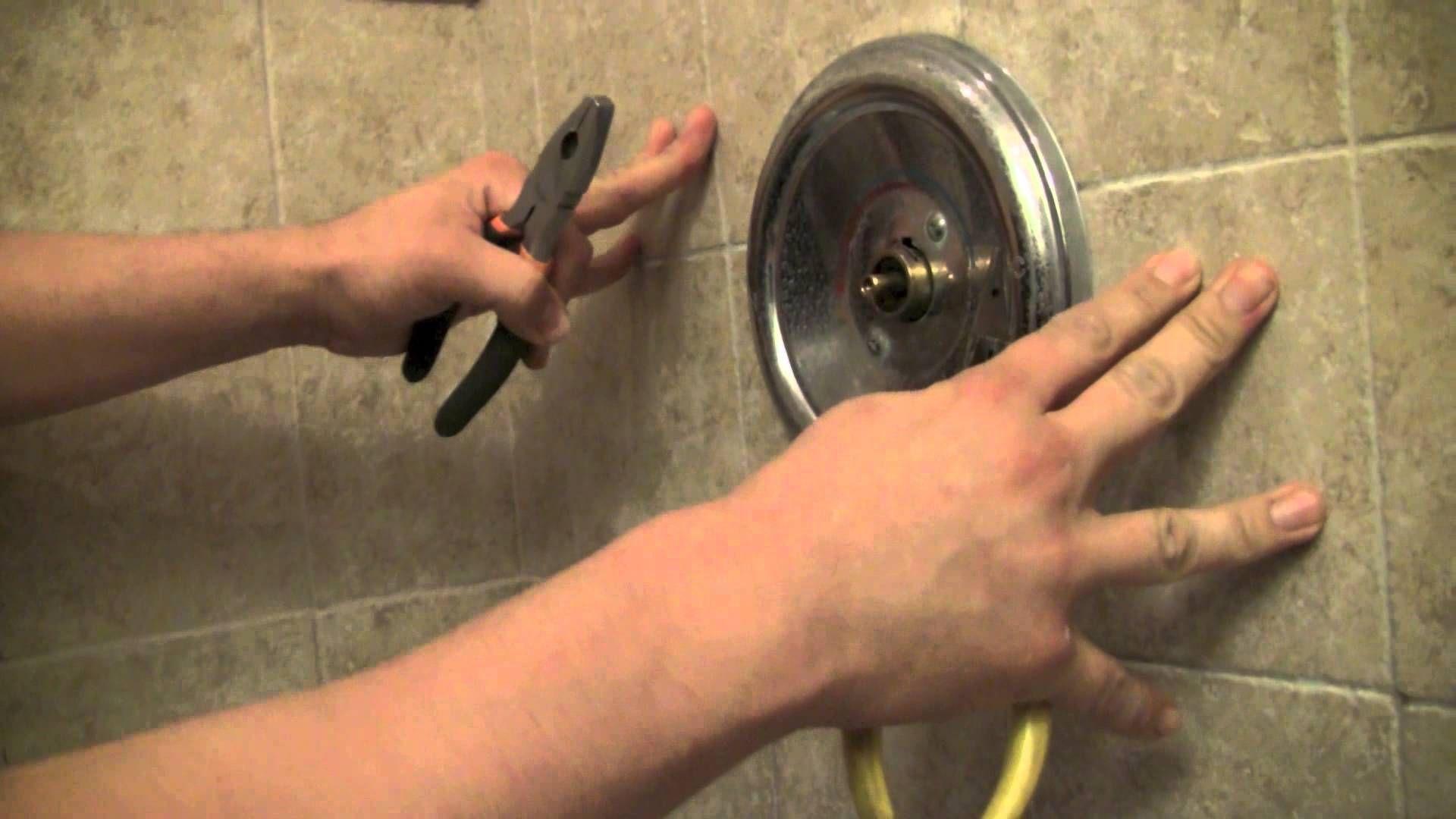 Diy How To Repair A Moen Shower Faucet Moen Shower Bathtub
