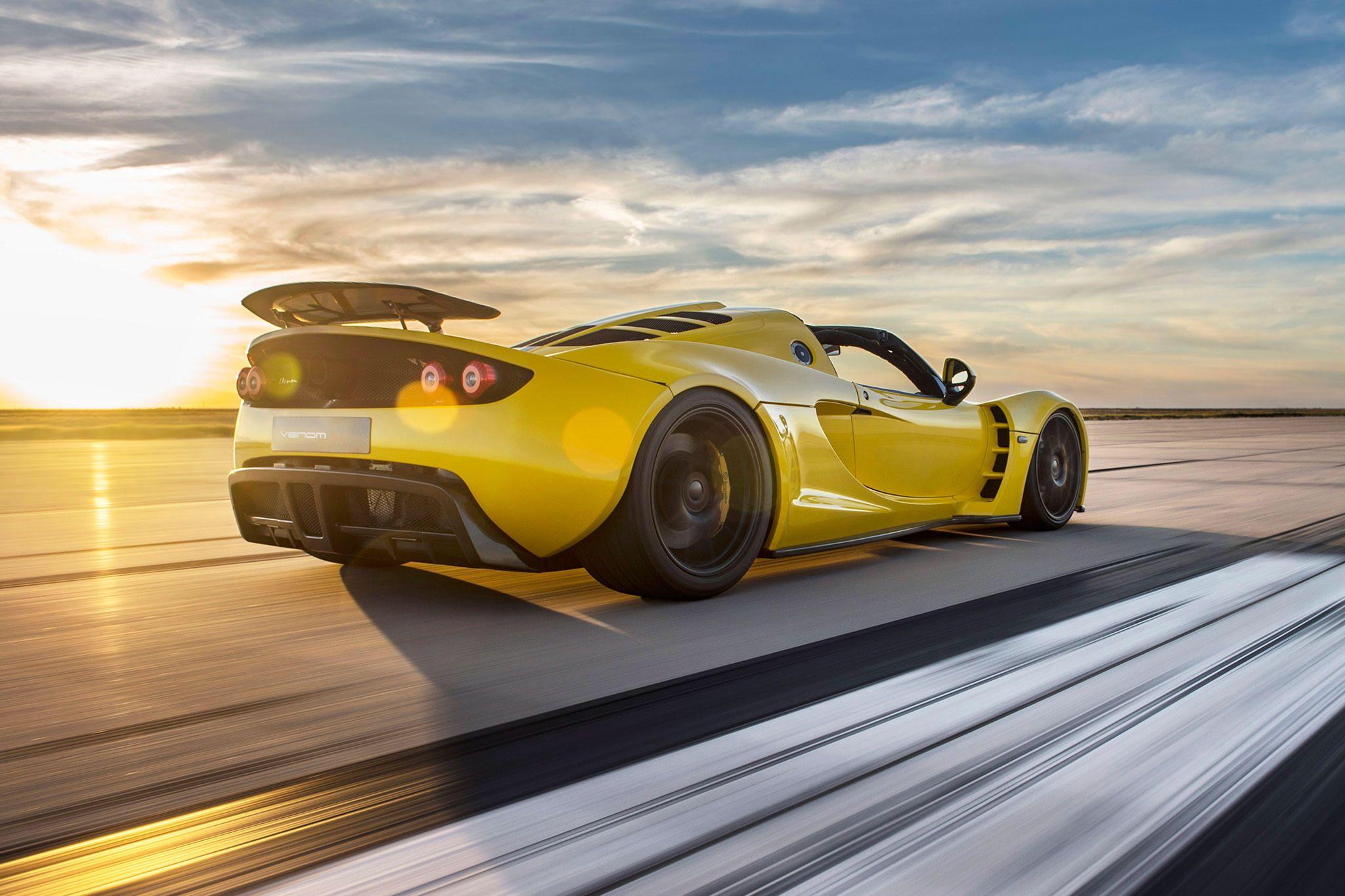 Hennessey Venom Gt Spyder Is The World S Fastest Convertible Hennessey Venom Gt Hennessey Expensive Sports Cars 2014 venom gt world speed record by
