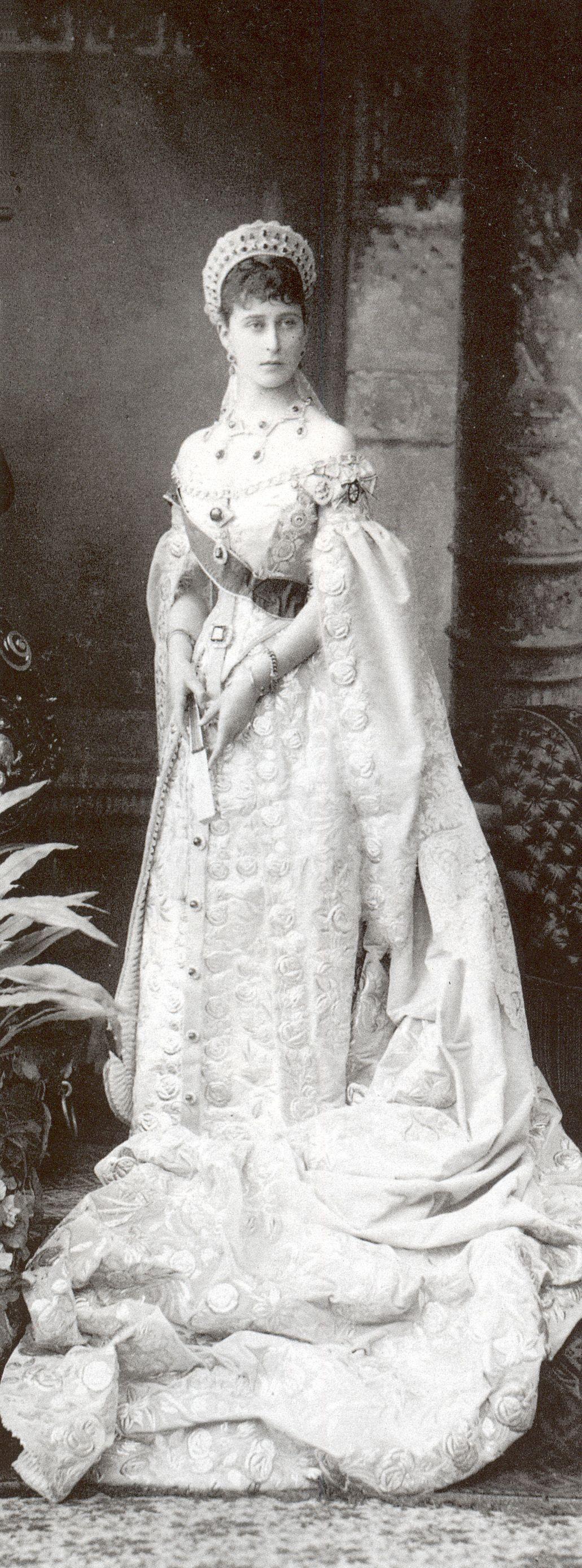 Grand duchess elizabeth feodovna in full russian court dress a good