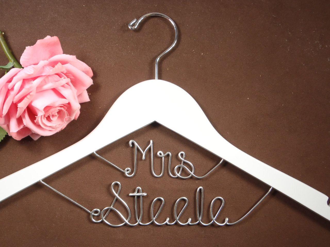 Bridal Hanger Mrs on Top for your wedding pictures door einspanner, $21,99