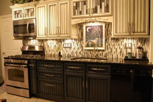 Kitchen Cabinets Light On Top And Dark On Bottom Pictures 17 best images about houston traditional | traditional kitchen