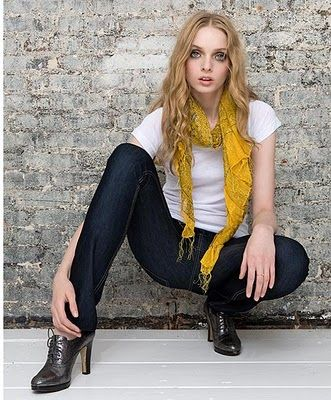 scarfs with tees