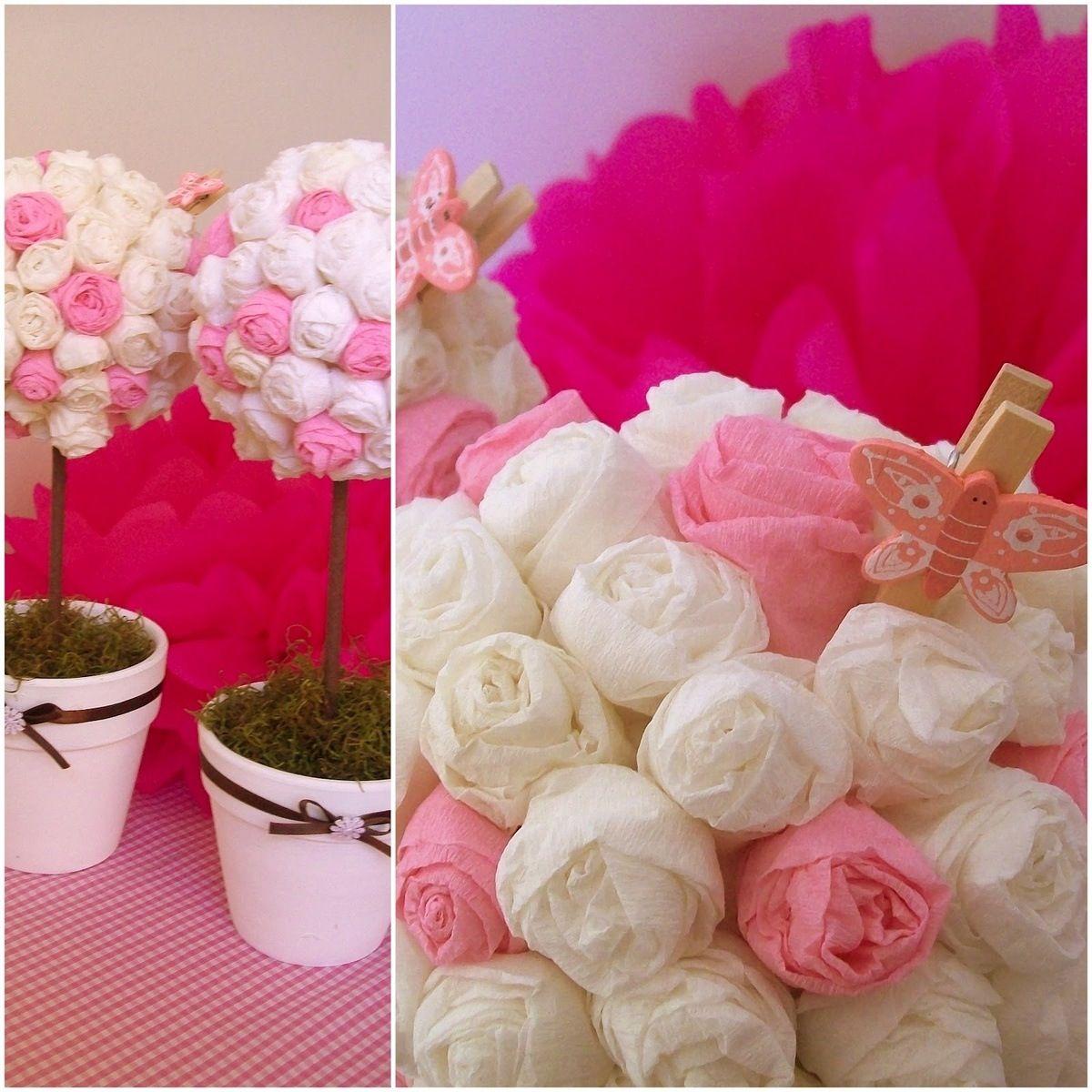 Topiarios en papel crepe topiarios y centros de mesa for Rosas de decoracion