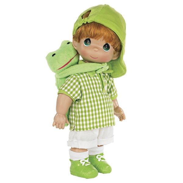 This emerald-eyed Precious Moments doll has bright red hair, and comes with his plush froggy friend that has Velcro on his front feet, and a wide smile as he thinks of something mischievous to do! Description from flossiesgifts.com. I searched for this on bing.com/images
