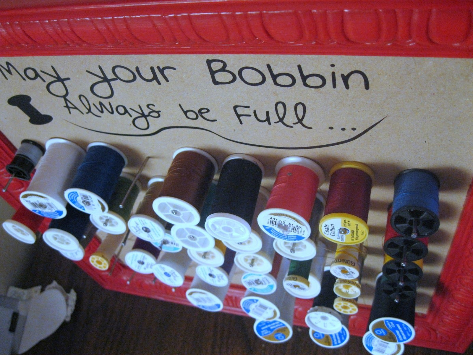 Nap Time Crafters: DIY Thread Holder