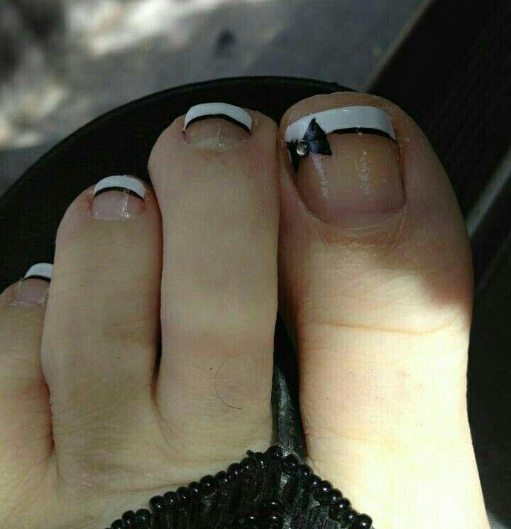 Lazo negro lindo | Nails | Pinterest | Pedicures, Hair makeup and ...