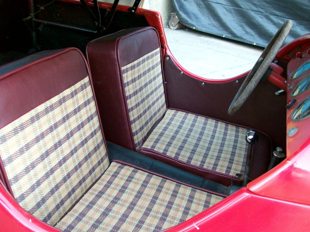 Simple Car Upholstery | Vintage car seats | Pinterest | Car ...