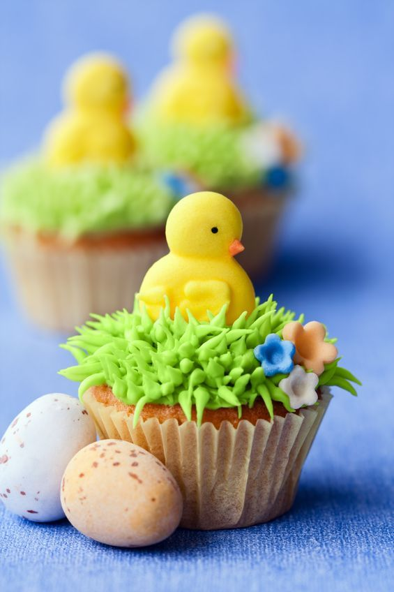 Marshmallow Chick Easter Cupcakes