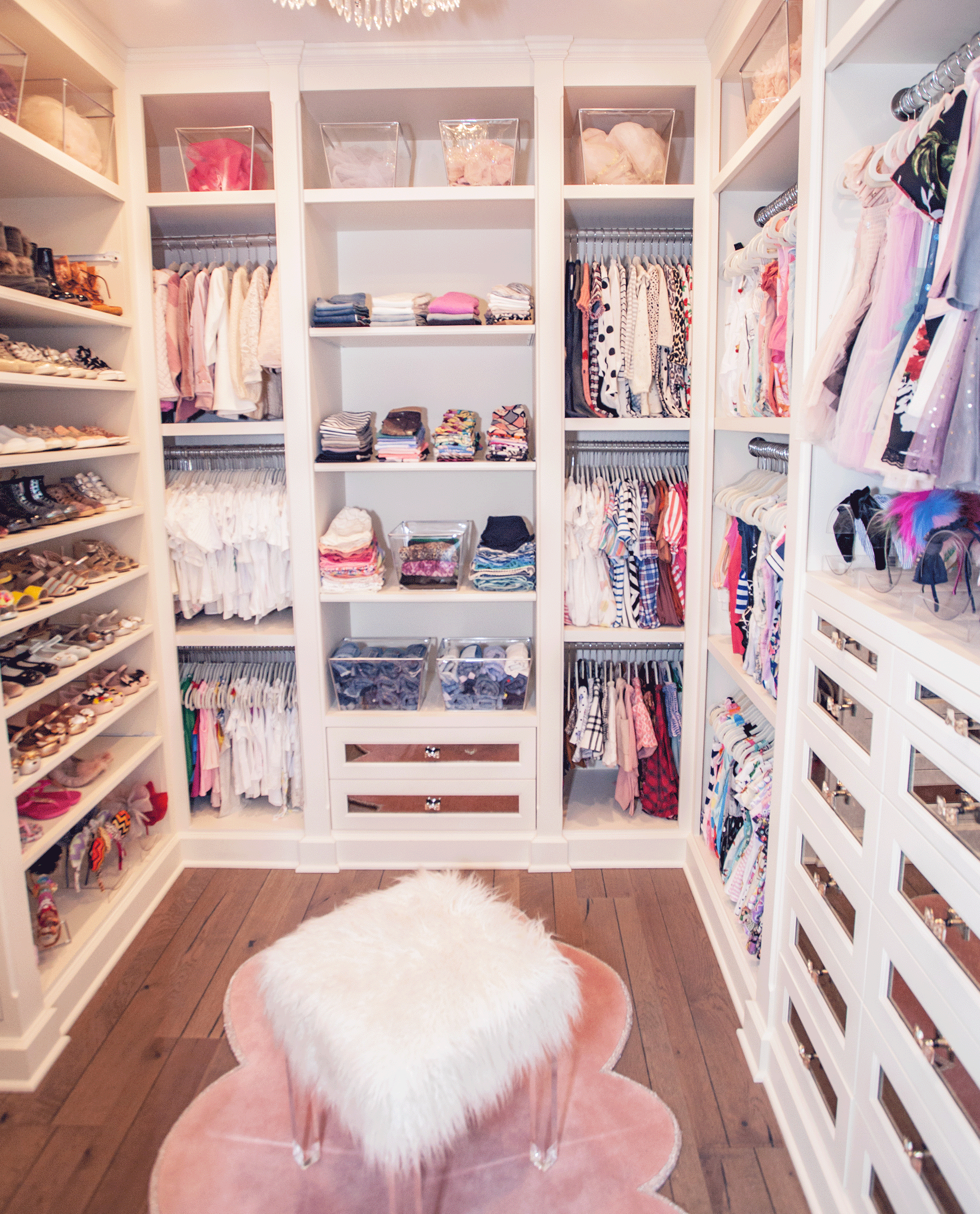 This Luxurious Girl's Room will Give You Serious Room Envy #badroom Luxurious Gi...
