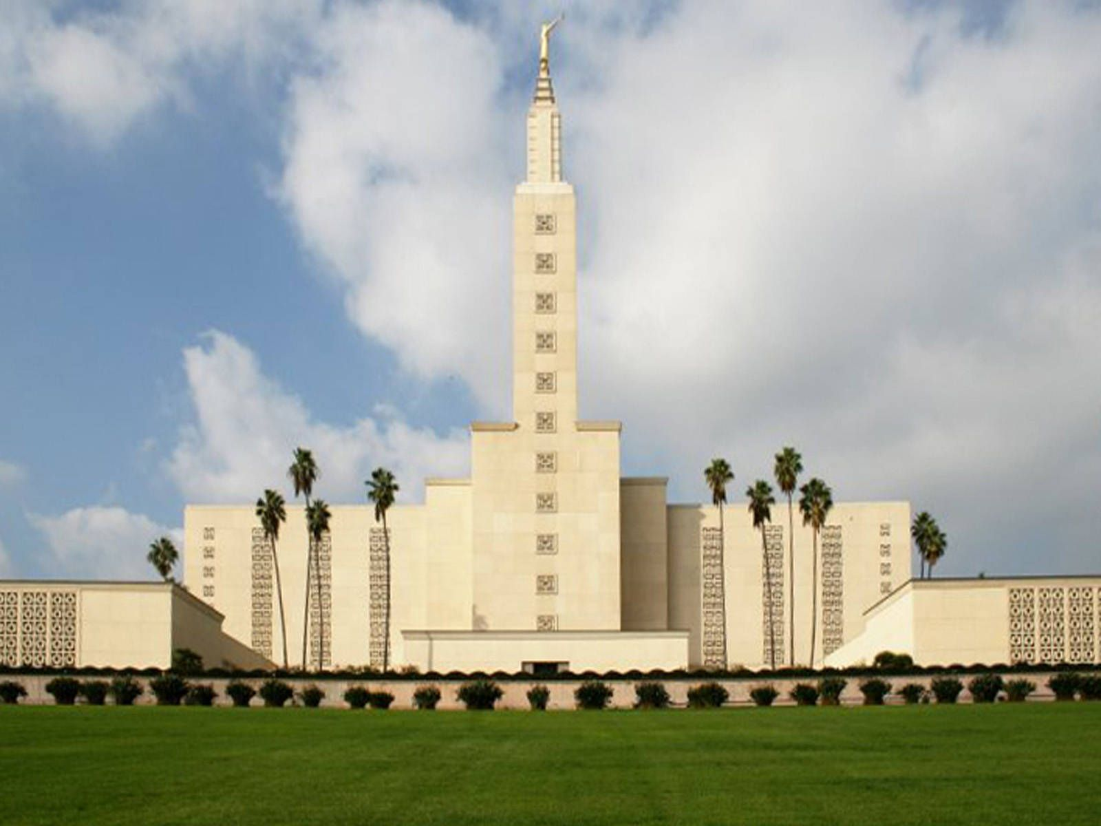 City Of Los Angeles California Temple Wallpaper Jpg 1600 1200 Los Angeles Temple Los Angeles Lds Temples