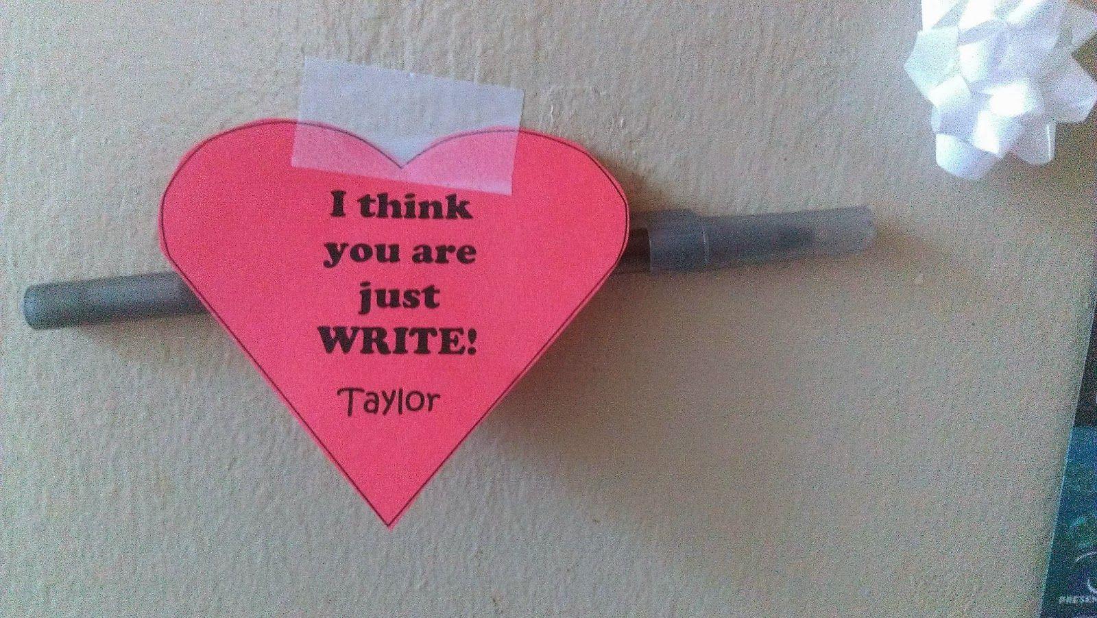 """I think that you are just WRITE"" Valentine's Day passive #ra #passives #programs #residentassistant #residentadvisor #valentinesday"