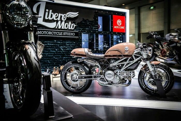Libero Moto Cafe Racer M795