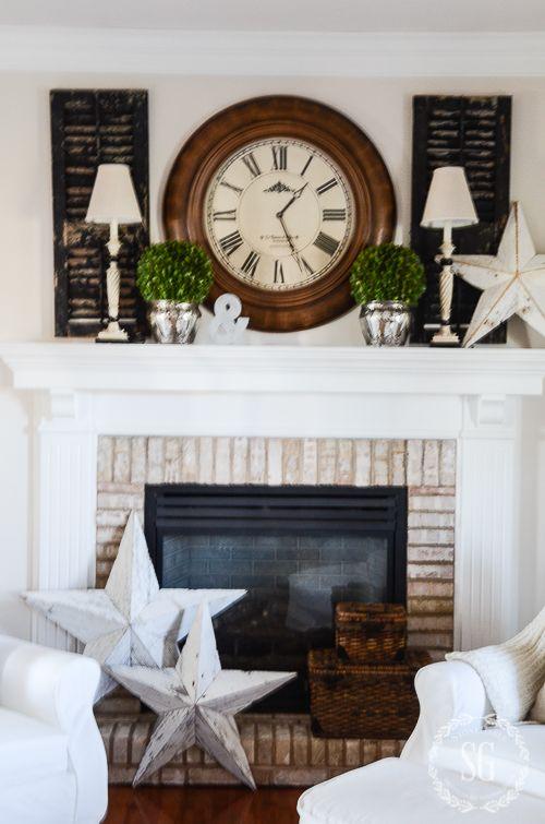 Winter Mantel In The Family Room Stonegable Trending Decor