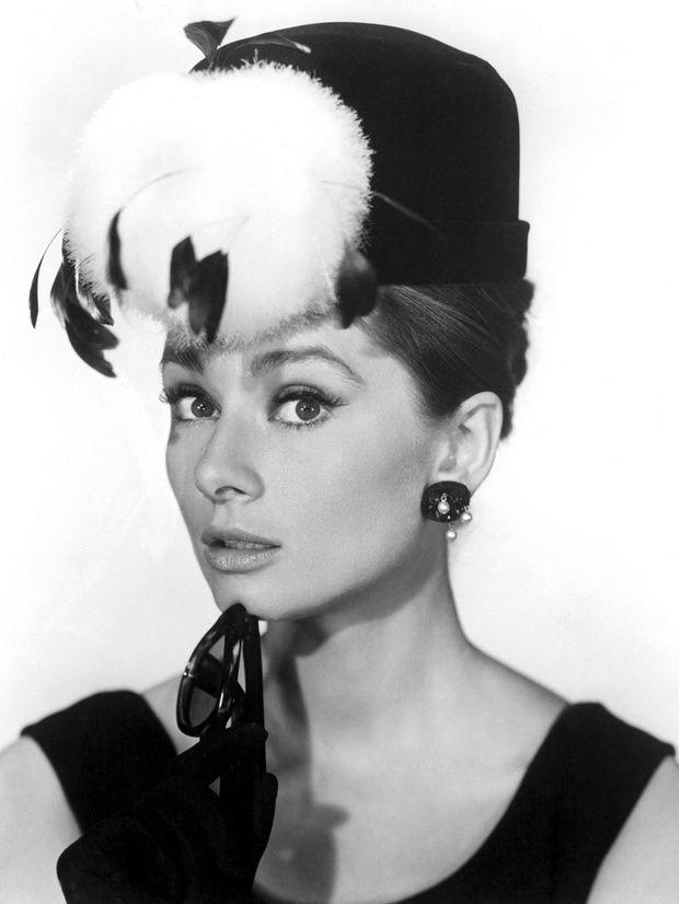 Eyeliner 50s Makeup Pinterest Eyeliner Audrey Hepburn And