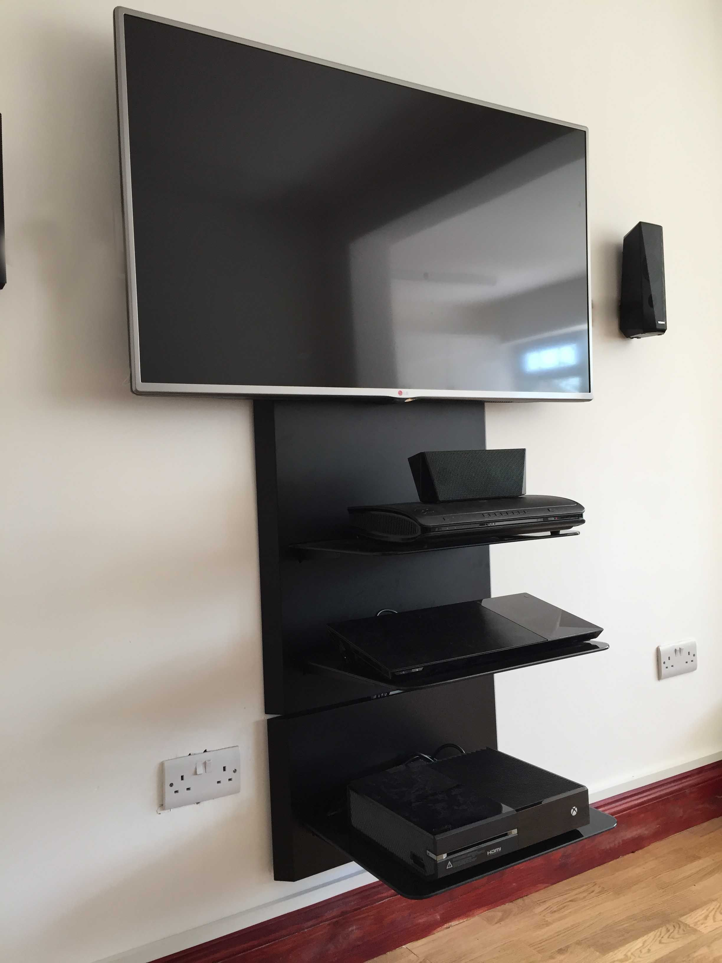 Wall Mounted Home Entertainment Shelf Homeentertainmentinstallation Entertainment Shelves Home Entertainment Home Theater Seating