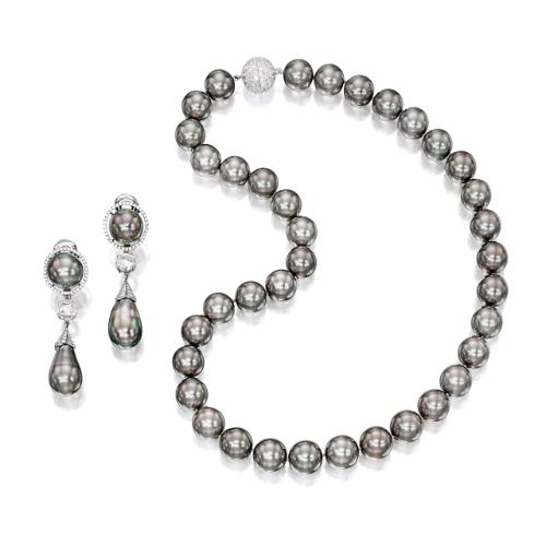 c2f7cb2272d3 earrings