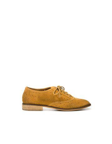 8675c43fea8 mustard suede shoe   Color Craze: Maize and Mustard   Shoes, Zara ...