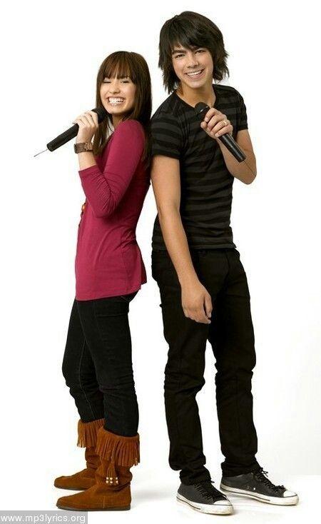 Demi Lovato & Joe Jonas