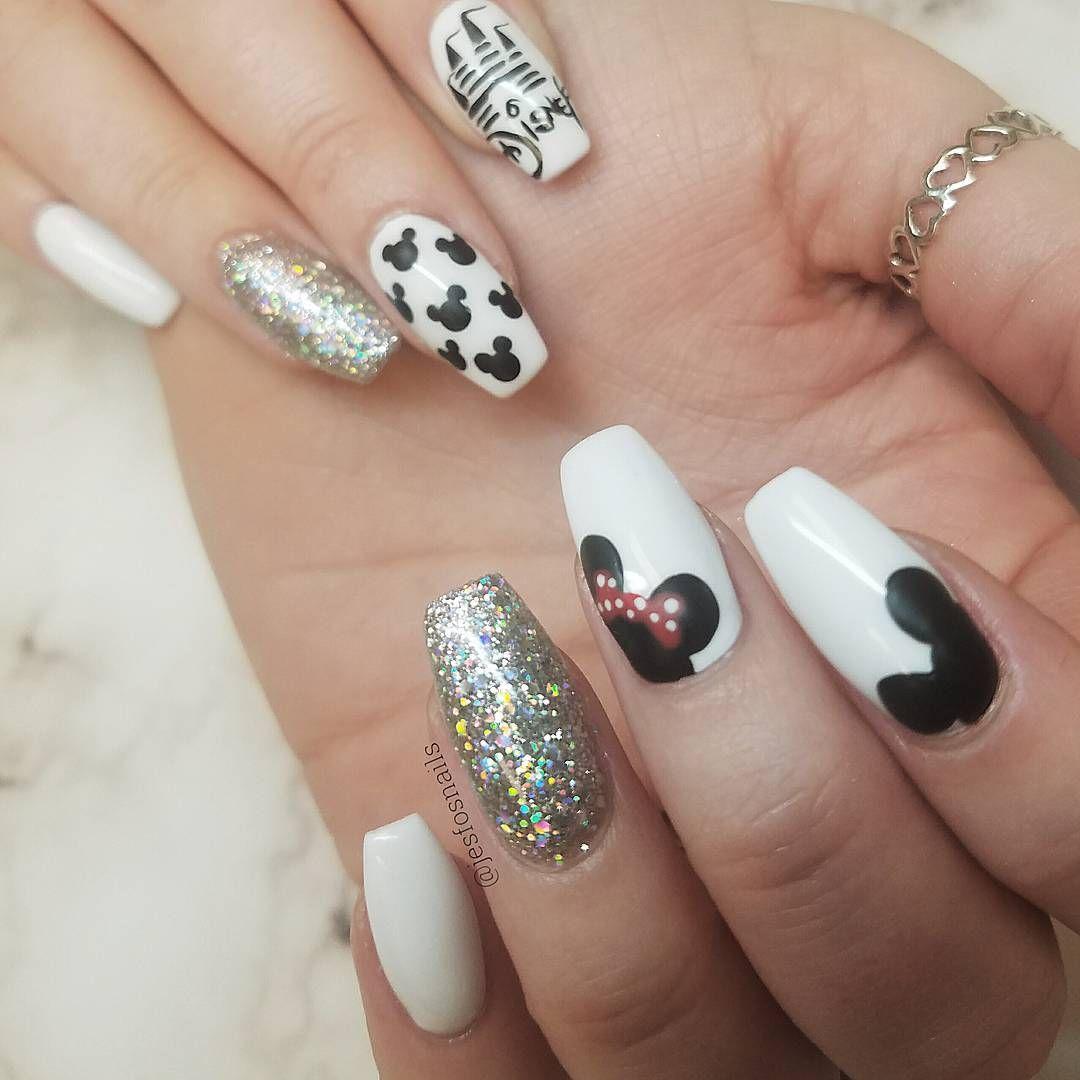 Disney minnie mouse nails nail art glitter nailart pretty disney ...