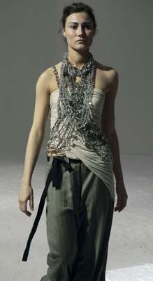 I like the necklace. It is Maria Calderara's, one of my favorite jewelry designers ever
