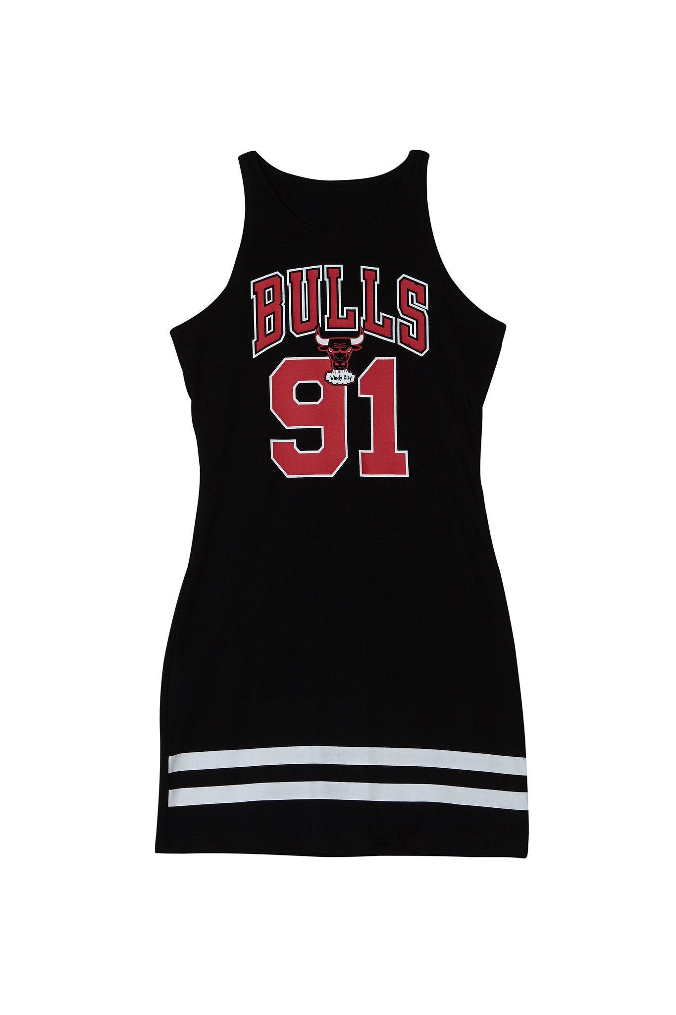 Forever 21 x NBA Windy City Chicago Bulls Dress ($16)