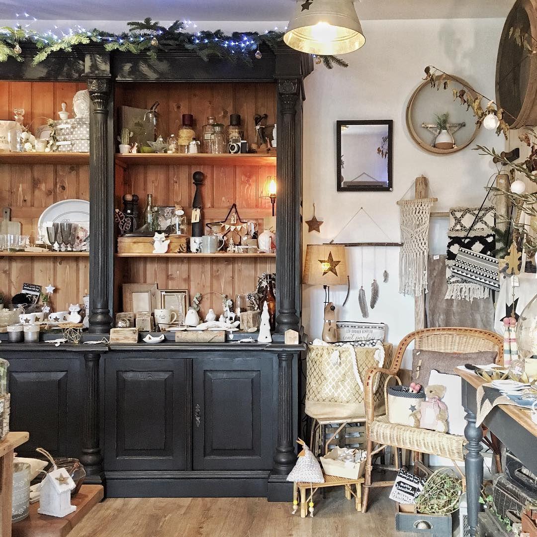 Chic C Est Dimanche Un Tour Chez Grisgroseille Shop C Est Tentant Non Decorationinterieur Decoration Nordich In 2020 Home Decor Liquor Cabinet Decor