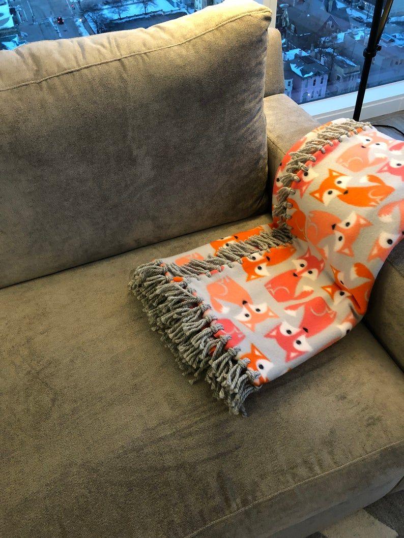 Foxy Baby! Blanket in 2020 Diy tie blankets, Bernat