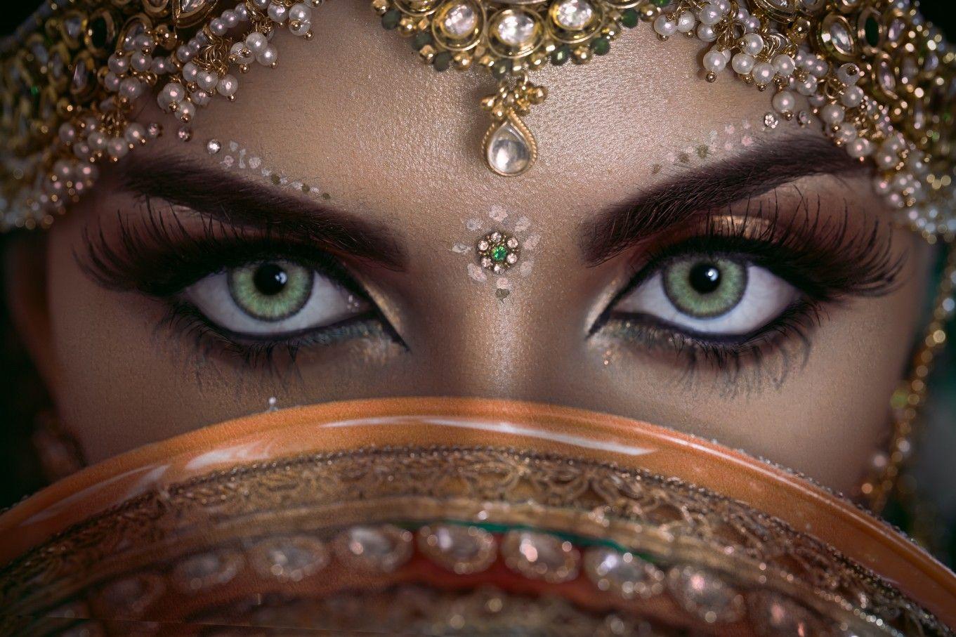 Eye Makeup Seeme Beauty Parlour Perfect makeup, Woman