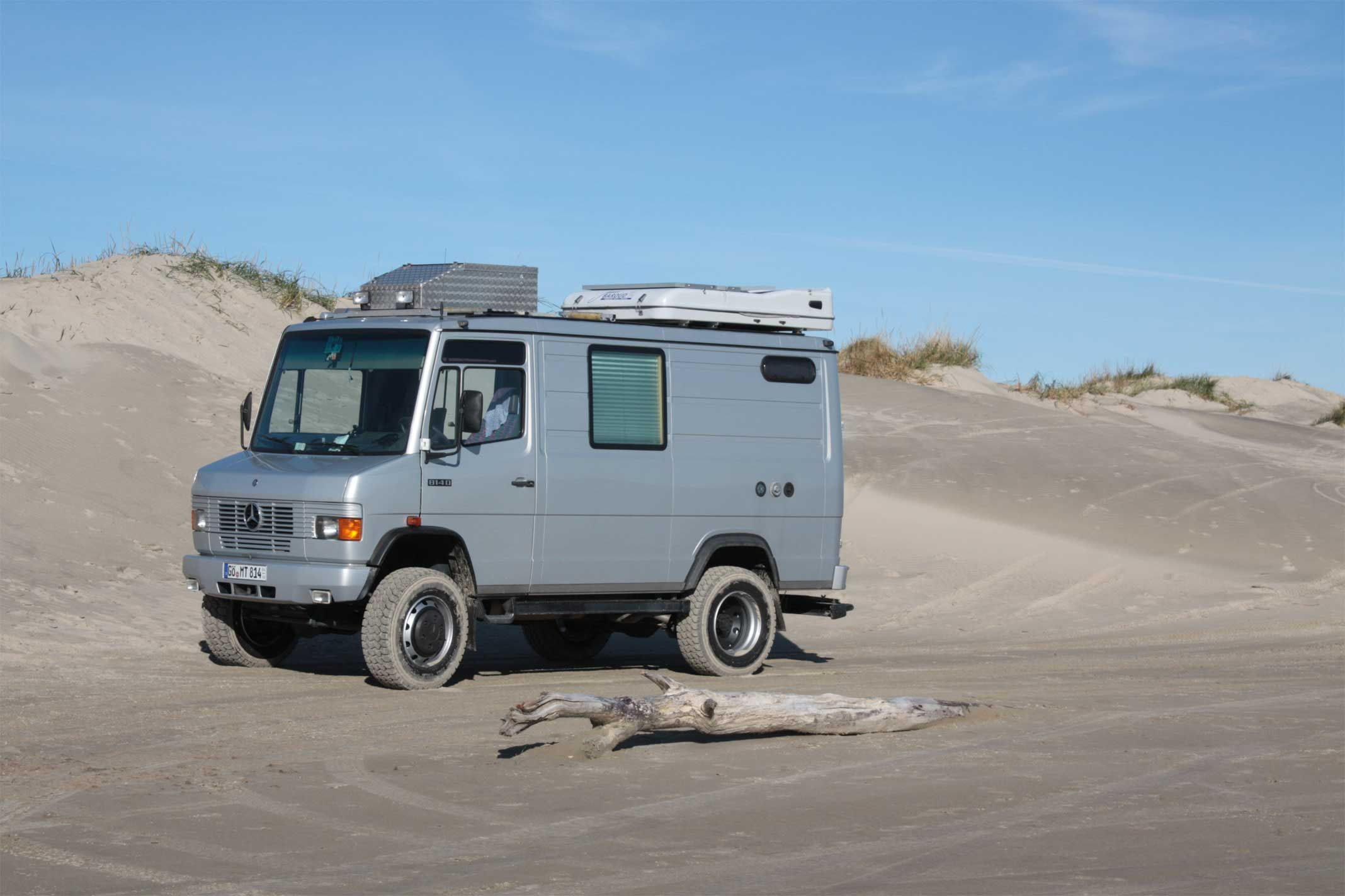 Mercedes-Benz Vario/T10/etc.  Mercedes camper van, Mercedes camper