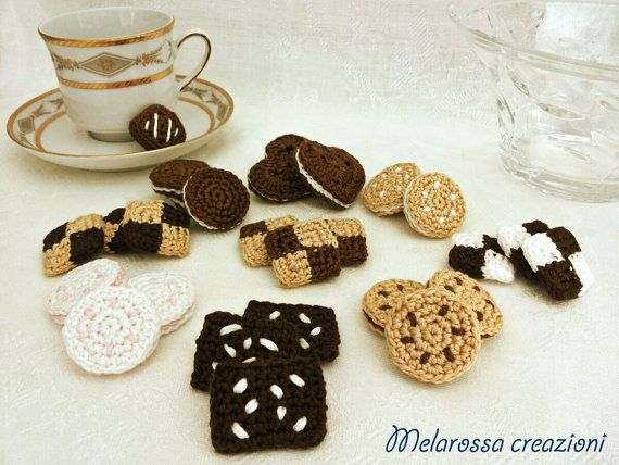 Biscotti Bambini ~ Healthy cookies crochet pastry home decoration play food toy for