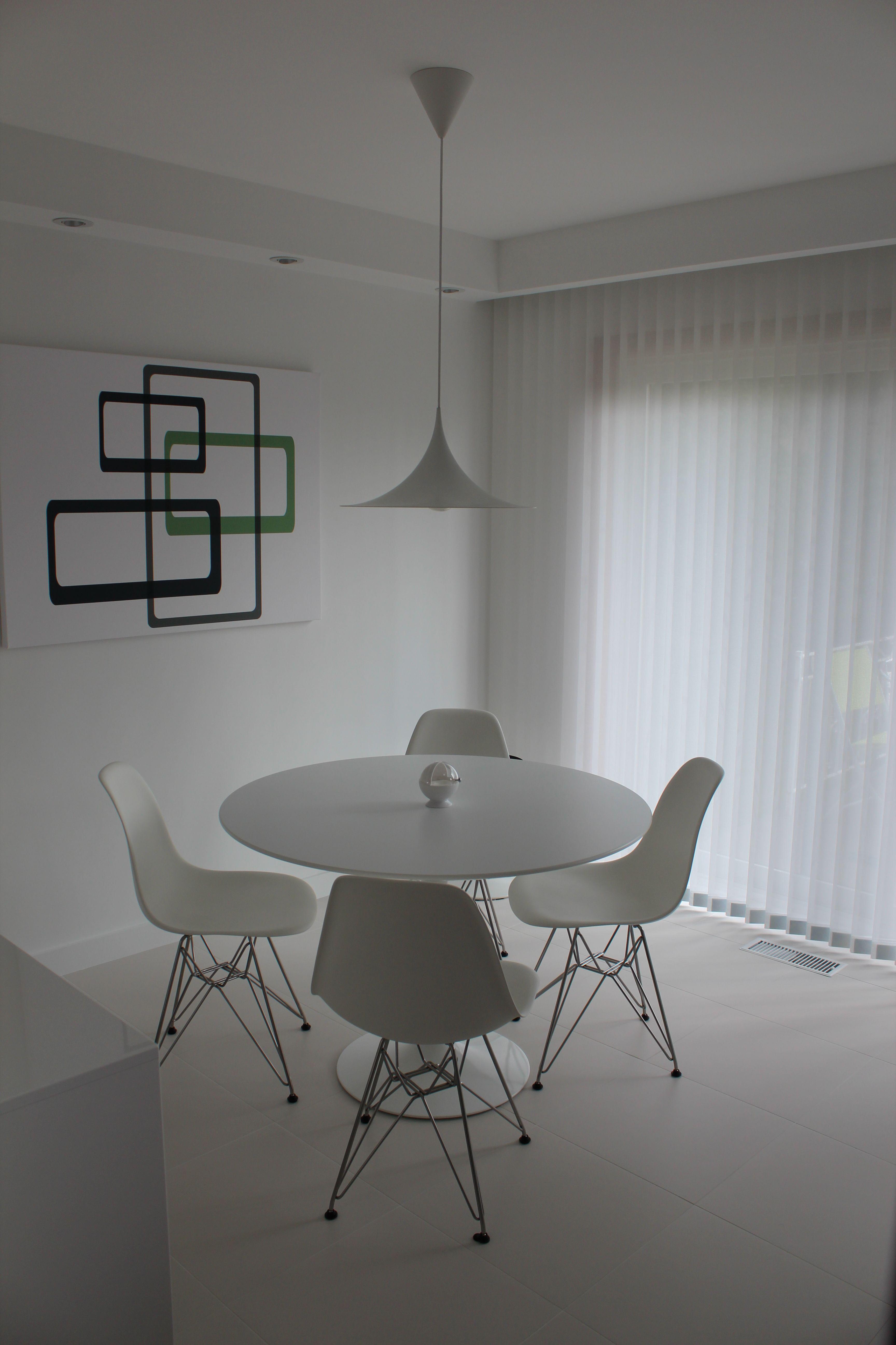 Herman Miller Eames DSR and Knoll 42 Saarinen Tulip table