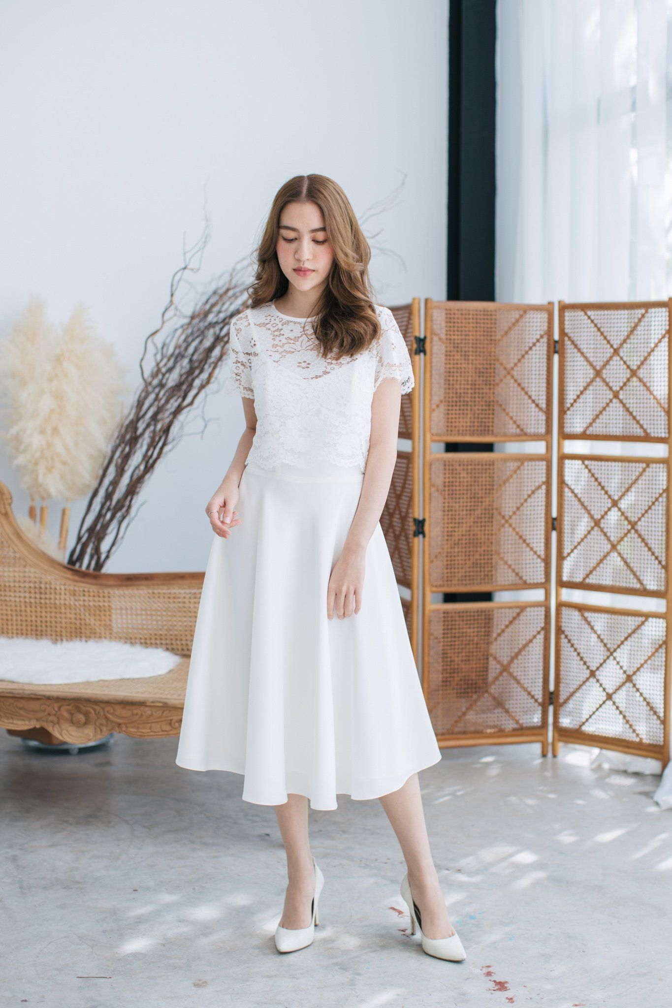 White Dress Lace Top See Through And Inner Straps White Dress White Wedding Dress Bridal Gown Wedding Gown Formal Receptio White Dress Lace White Dress Dresses [ 2048 x 1365 Pixel ]